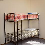 Кровати двухъярусные односпальные на металлокаркасе