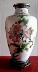 Декоративная высокая ваза